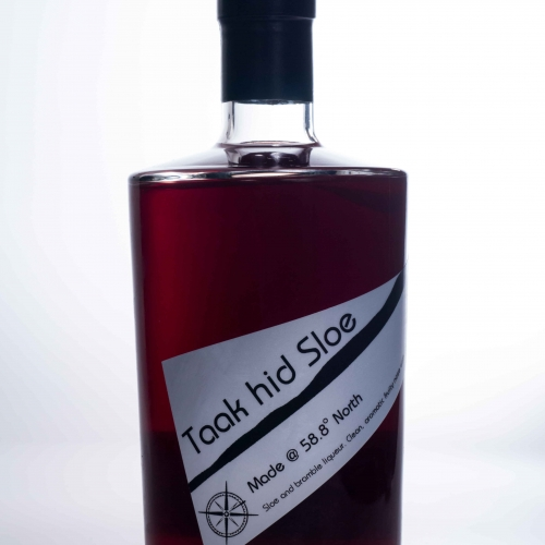 taak hid sloe sloe and bramble fruit liqueur