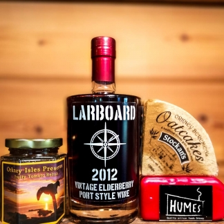 orkney wine elderberry port and cheese gift set